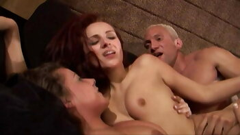 2 hot lesbians get joined by a huge boner for a messy facial