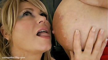 Maria Moore and Samantha 38G Lick Each Other